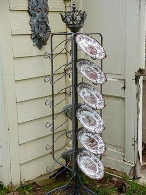 Crown Plate Rack