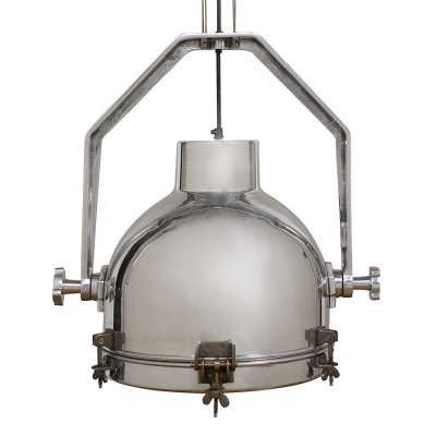 Main Hold Lamp 3