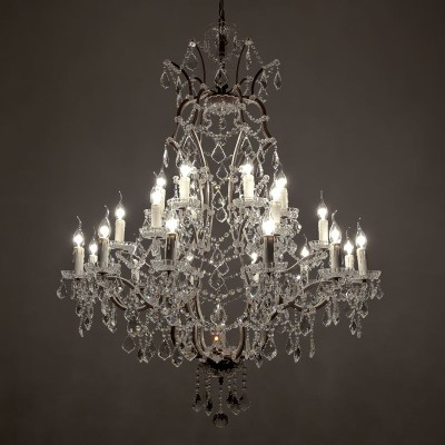 Large-crystal-chandeliers